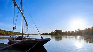 La Loire En Bateau : les bateaux traditionnels val de loire une balade en france ~ Medecine-chirurgie-esthetiques.com Avis de Voitures