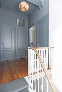 couloir de la maison palier couloir et de la maison With lovely peindre un couloir en 2 couleurs 7 quelle couleur pour les portes dans un couloir au mur