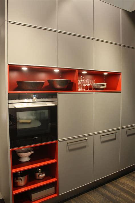 cabinet led lighting puts  spotlight