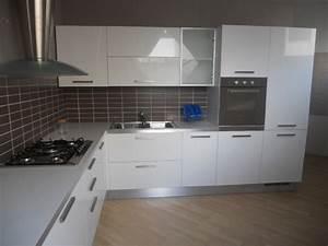 Tappeto Grigio Cucina ~ Idee per il design della casa
