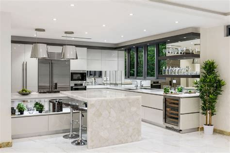 white island kitchen white quartz kitchen island kitchen design ideas 1030