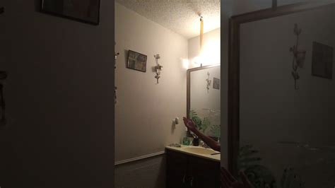 Scary Bathroom Mirror Prank!
