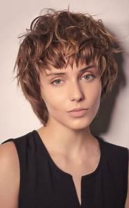 Coupe Cheveux Tres Long : coupe cheveu court femme 2019 ~ Melissatoandfro.com Idées de Décoration