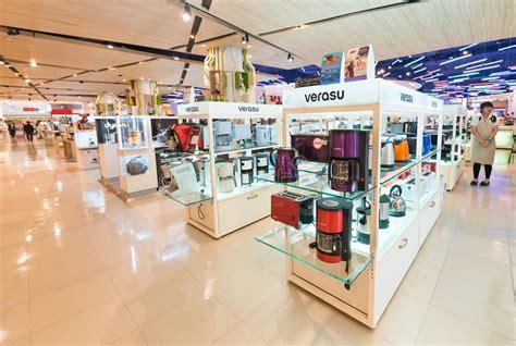 Kitchen Appliances At Siam Paragon Mall, Bangkok Editorial