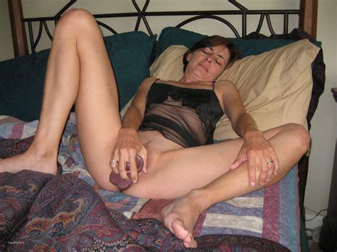 Mature Amateur Masturbating Creamy Pussy With Dildo And