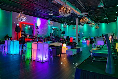decco  party  productions produces   themed bar
