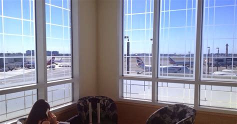 admirals club premium lounge miami airport travel