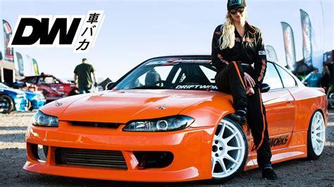 Tess drifts the 500hp Driftworks Silvia S15 - YouTube