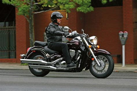 suzuki boulevard ccsect motorcycle review