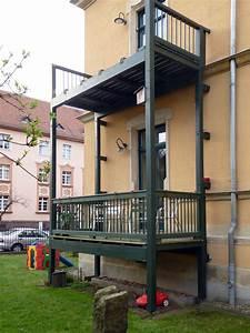 Bodenbeläge Balkon Außen : balkon 03 idee werk ~ Lizthompson.info Haus und Dekorationen
