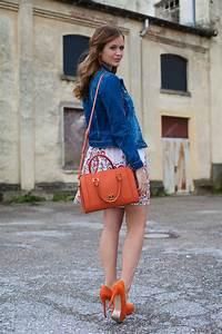 Kleid Mit Jeansjacke : 25 kleidungsst cke 50 looks outfit 1 bl mchenkleid von oasis jeansjacke von warehouse ~ Frokenaadalensverden.com Haus und Dekorationen