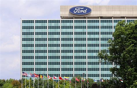 Companies Owned By Fiat by Top 7 Companies Owned By Fiat Chrysler Fcau