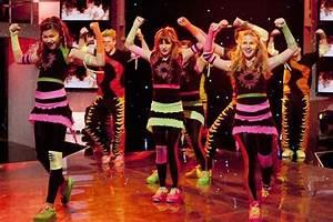 Disney Channel To End  U0026 39 Shake It Up U0026 39  After Three Seasons