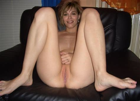Cute Little Wife Naked With Thick Thighs And Photo