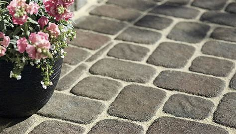 Patio Blocks by Wall Blocks Pavers And Edging Stones Guide