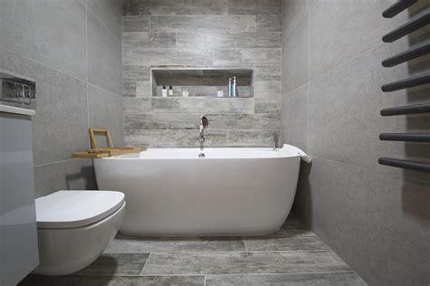 Grey Wood Tile Bathroom by Wood Effect Bathroom Tiles And Panels Porcelain