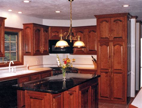kitchen ideas with cherry cabinets decorating with cherry wood kitchen cabinets my kitchen
