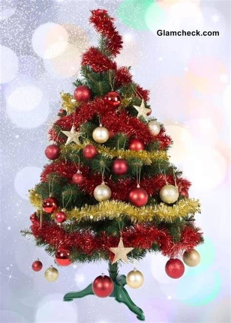 how to decorate small christmas tree small decorated christmas tree designcorner
