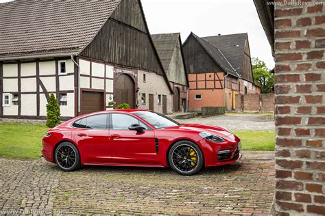 Porsche panamera is a 5 seater suv car available at a price range of rs. 2021 Porsche Panamera GTS - Dailyrevs