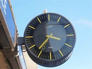 Horloge De Gare : horloge bodet gare de dijon bourgogne france horloge sncf pinterest ~ Teatrodelosmanantiales.com Idées de Décoration