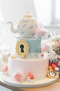 Alice in Wonderland cake Wedding & Party Ideas 100