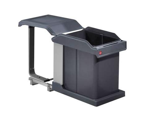 poubelle cuisine coulissante sous evier la poubelle sous évier un véritable atout en cuisine