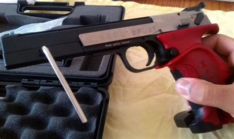 tutorial de c 243 mo desmontar y limpiar una pistola de concurso hammerli esse sport 22 lr