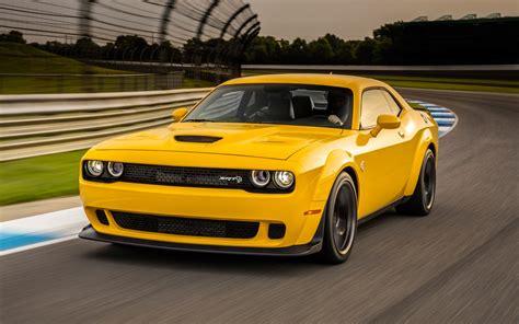 Challenger Dodge Hellcat by Wallpaper Dodge Challenger Srt Hellcat Widebody Yellow