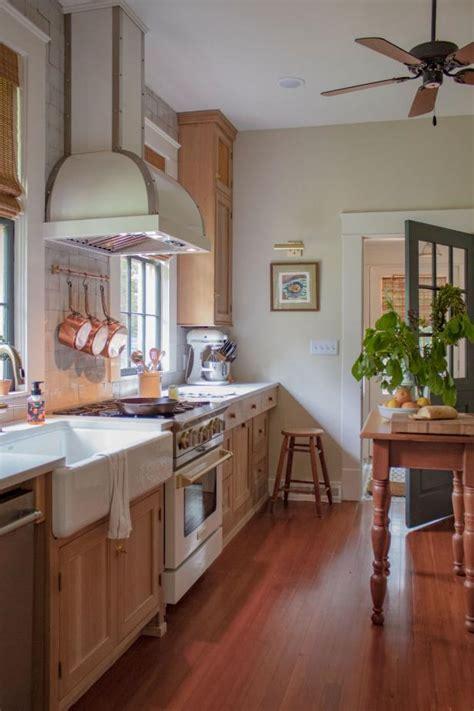 Erin Napier Shows Off Her Brand-New Dream Kitchen | Home ...