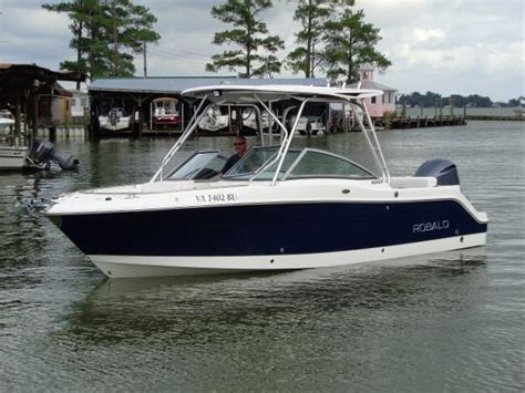 Robalo Boats R247 by Robalo R247 Dual Console Boats For Sale In Virginia