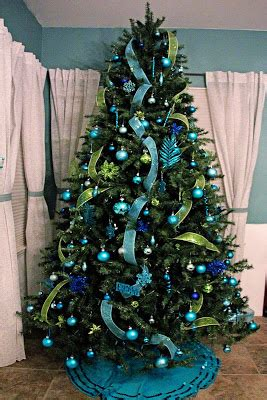 Brown And Aqua Living Room Ideas by Eye Of The Storm Christmas Decorating