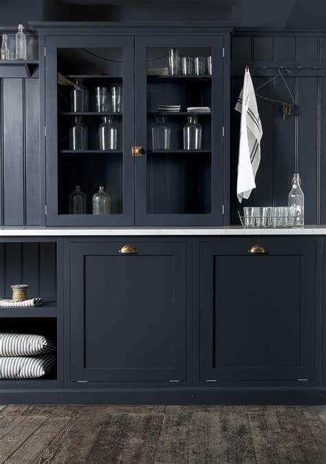 midnight blue kitchen cabinets midnight blue kitchen cabinets kraftmaid midnight blue 7501
