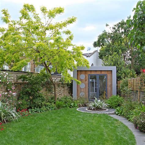 Modern Cottage Garden, London | Rosemary Coldstream Garden ...