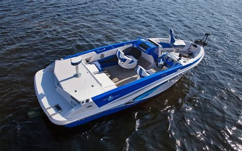 Convert Bowrider To Fishing Boat by 2014 Glastron Gtsf 205 Tests News Photos And