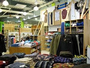 Popular teen clothes store