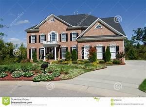 grande maison americaine photo stock image du With lovely maison a l americaine 1 les maisons americaines
