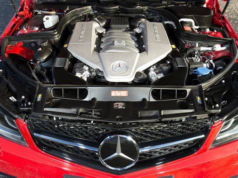c63 amg motor 2013 mercedes c63 amg edition 507 uk spec w204 engine h wallpaper 2048x1536 200081