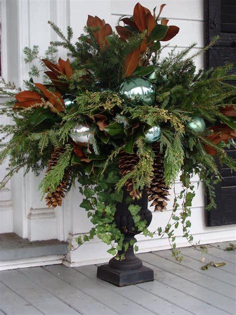 gorgeous christmas urns omg lifestyle blog
