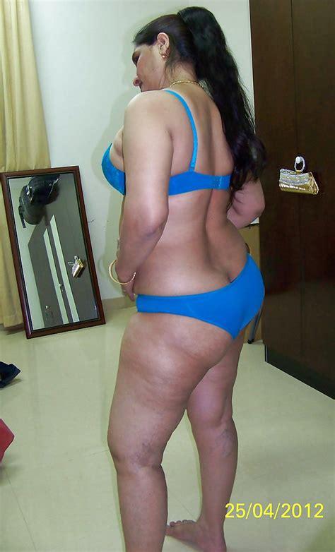 Indian Aunty Big Ass 2 10 Pics Xhamster