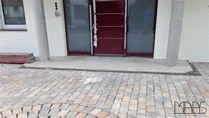 Granit Geflammt Gebürstet Unterschied : achim multicolor rot india granit podestplatten ~ Orissabook.com Haus und Dekorationen