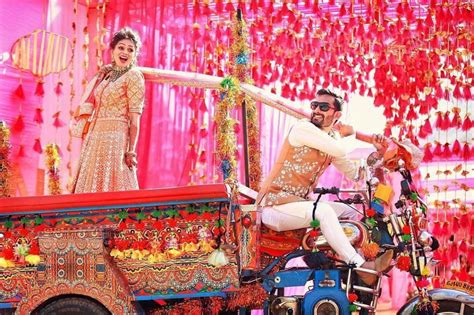 bride entry ideas top  trends thatll   groom