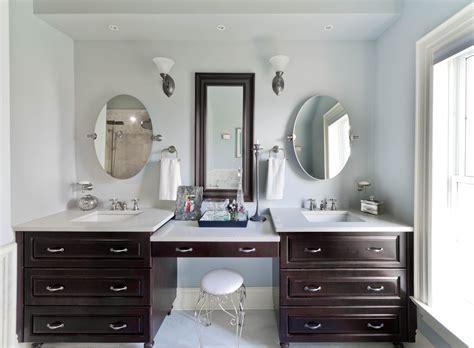 Bathroom Vanity With Makeup Station by It Or List It Season 5 Lyons Family En Suite