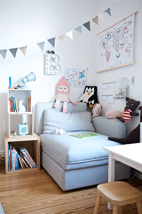 Kinderzimmer Mädchen Sofa by Ein Kunterbuntes Kinderzimmer Mit Ecken F 252 R Alle Kinder