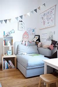 Kinderzimmer Mädchen Ikea : ein kunterbuntes kinderzimmer mit ecken f r alle kinder ~ Michelbontemps.com Haus und Dekorationen