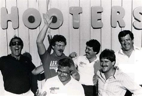 Hooters founders share memories on 30th anniversary | tbo.com