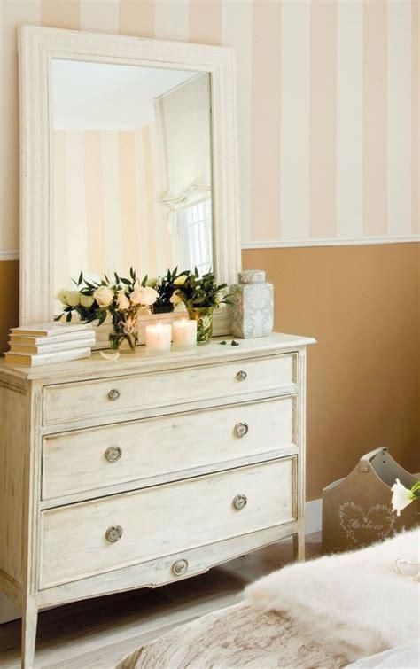 tableau pour chambre à coucher décoration de la chambre romantique 55 idées shabby chic