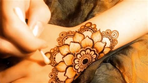 beautiful arabic henna mehndi designs  hands