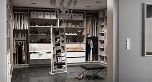 Begehbarer Kleiderschrank Weiß : begehbaren kleiderschrank selbst konfigurieren ~ Orissabook.com Haus und Dekorationen