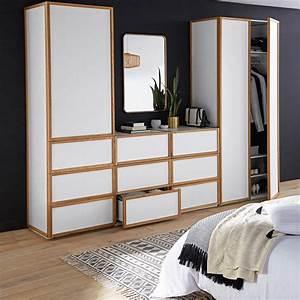 Chambre Dressing : un dressing blanc et bois pour la chambre joli place ~ Voncanada.com Idées de Décoration