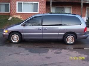 kwbhonda 1996 Chrysler Town & Country Specs, Photos
